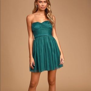 Lulu's Green Tulle Strapless Skater Dress